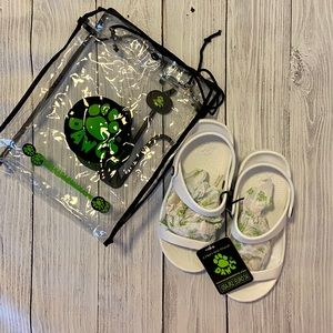 NEW DAWGS Kids' 3-Strap Sandals Size Jr2